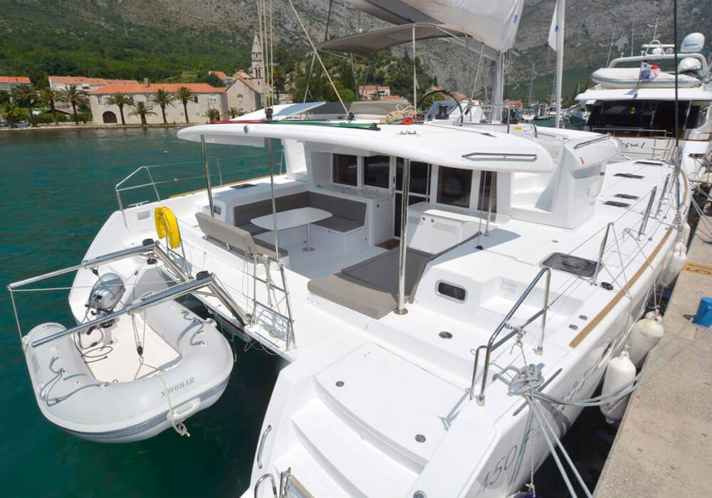 Lagoon 450 (2016) - Catamaran Charter Croatia