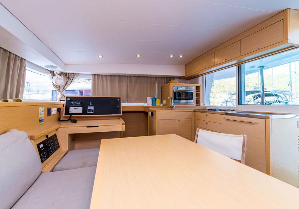Lagoon 400 S2 (2016) - Catamaran Charter Croatia