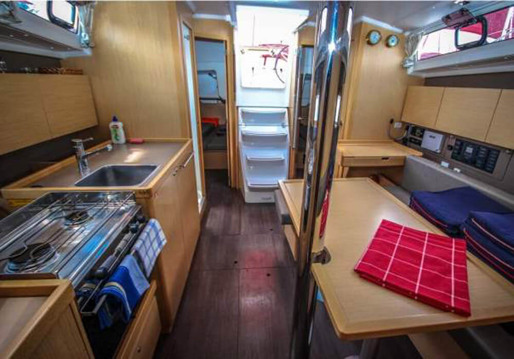 Beneteau Oceanis 38.1 (2017) - Yacht Charter Croatia