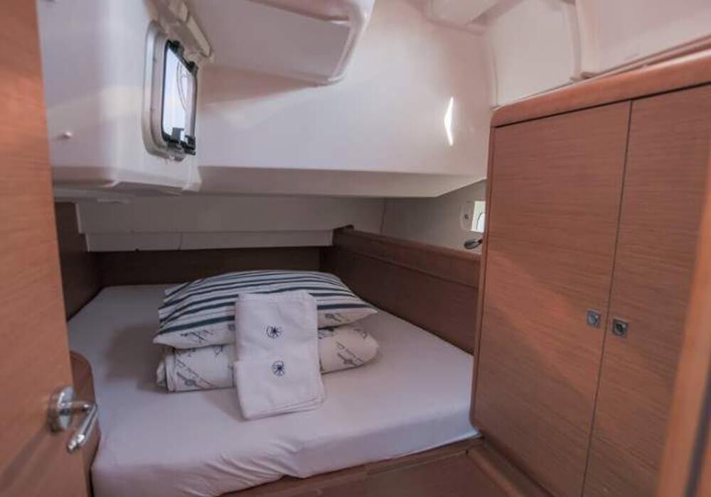 Jeanneau Sun Odyssey 439 (2015) - Yacht Charter Croatia