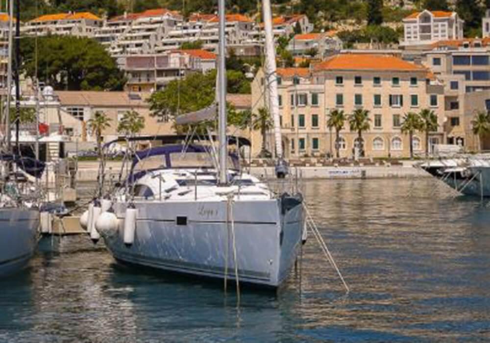 Elan 494 Impression (2014) - Yacht Charter Croatia