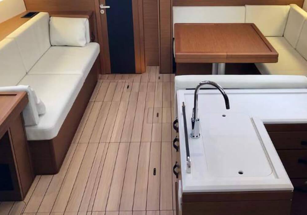 Jeanneau 51 (2018) - Yacht Charter CroatiaYacht