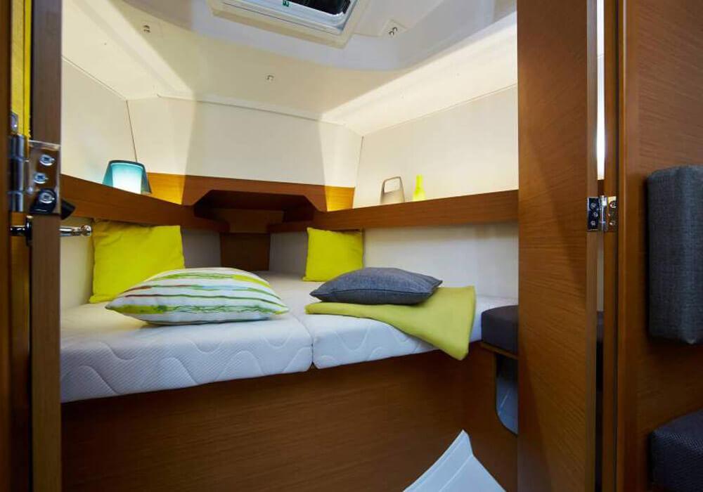 Jeanneau Sun Odyssey 349 (2019) - Yacht Charter Croatia