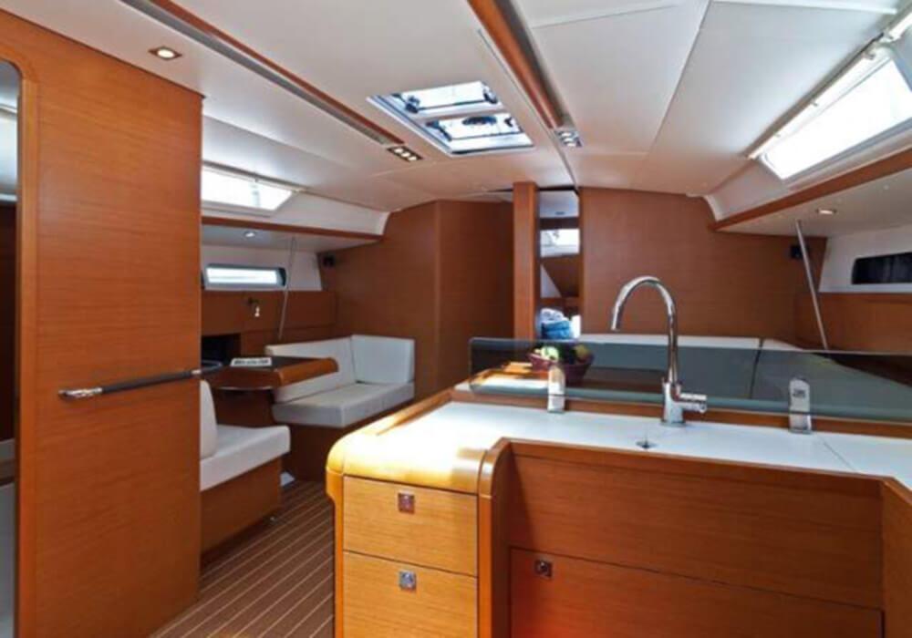 Jeanneau Sun Odyssey 439 (2013) - Yacht Charter Croatia