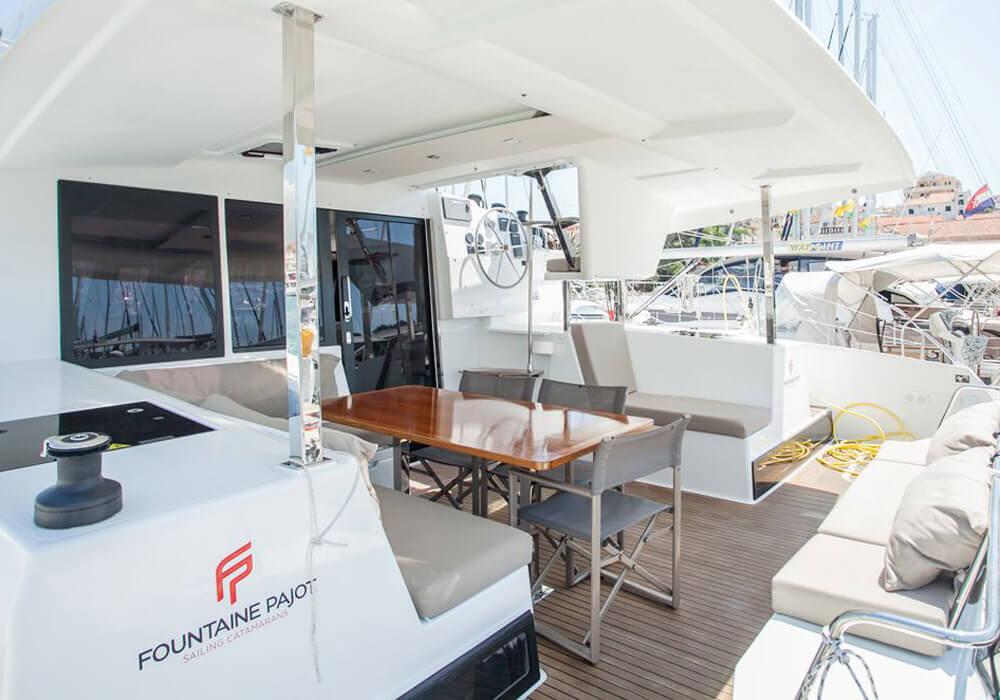 Lucia 40 (2017) - Catamaran Charter Croatia