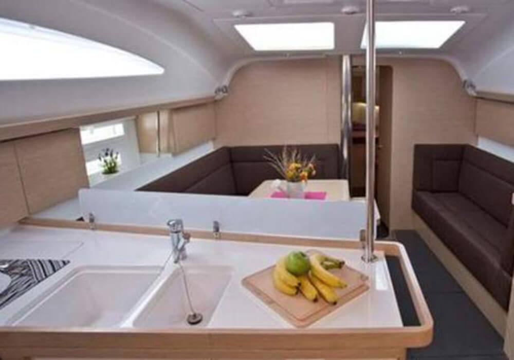 Elan 45 Impression (2015) - Yacht Charter Croatia