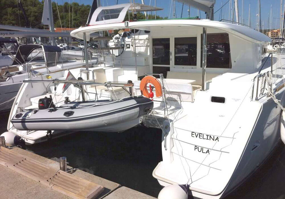 Lagoon 400 S2 (2013) - Catamaran Charter Croatia