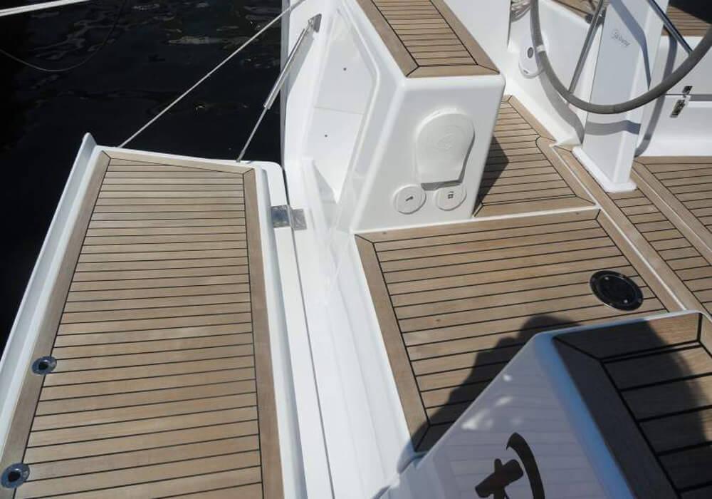 Hanse 385 (2015) - Yacht Charter Croatia