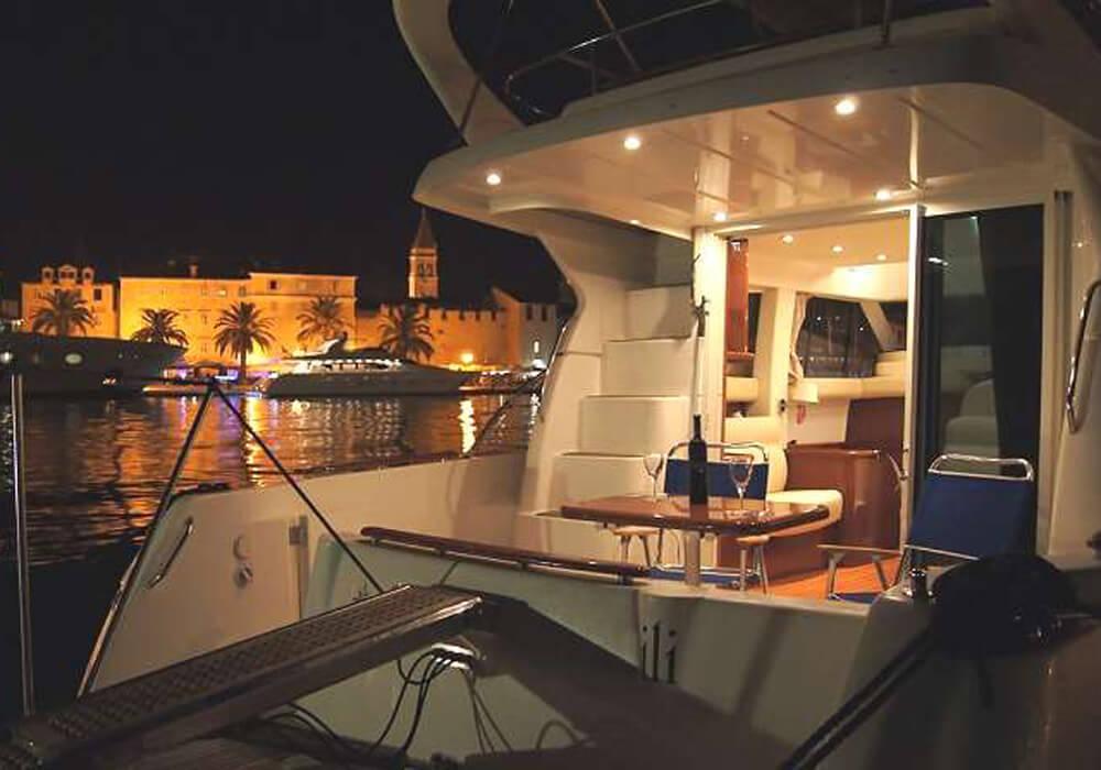 Jeanneau Prestige 36 (2009) - Motor Yacht Charter Croatia