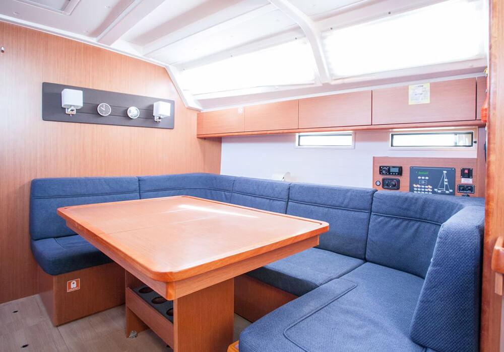 Bavaria 46 (2016) - Yacht Charter Croatia