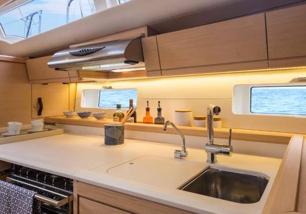 Jeanneau 54 (2016) - Yacht Charter Croatia